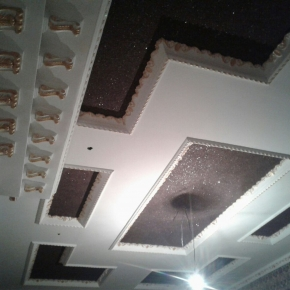 Потолок672
